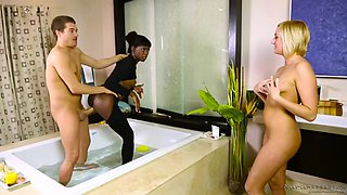 client gets lucky to fuck masseuse kate england and receptionist ana foxxx