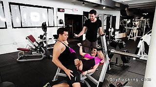 Huge tits gf cheating bf at the gym