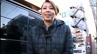 Stacked Japanese mom satisfies her desire for young meat