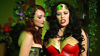 wonder woman vs poison ivy