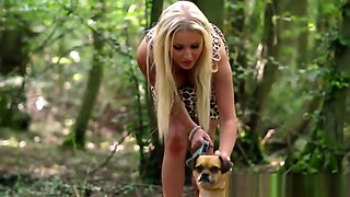 Bimbo housewife cheating in the woods
