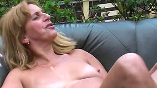 Brazilian  granny Neili outdoor piss