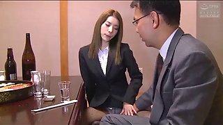 Japanese secretary serves her partner of company (full: shortina.comivcjgbe)