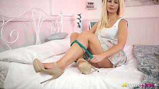Charming blonde hussy Sky pulls her flower skirt up