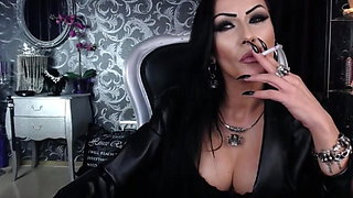 MistressKennya22