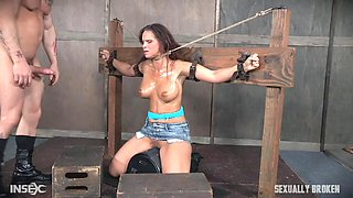 bound slave deepthroats while cumming