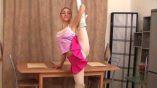 flexible girl Valentina Vladimirova (12-HD.wmv)
