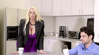 Caucasian sexy big breasted MILF Alura Jenson is so happy to ride dick on top