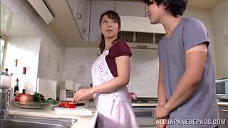 Hot Japanese housewife gets fuckin' banged in the kitchen