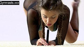 Marusya Mechta the hot gymnast