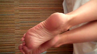 Sleeping Mom's Feet Fucked