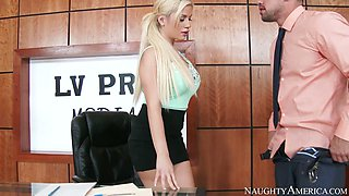 Curvy secretary Bibi Noel gets eaten and fucked by Johnny Castle