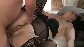 Ma mature swingers take turns