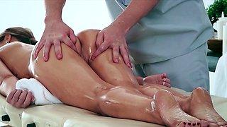 Brazzers - Dirty Masseur - Kendall Kayden Jes