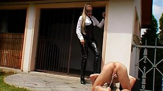 hot maid gets ass spanked clip