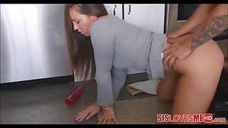 Fucking my step sister maddy o&#39reilly from behind while she cleans kitchen