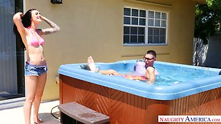 Sexy hottie Marley Brinx lures pool buddy and gives him a darn great blowjob