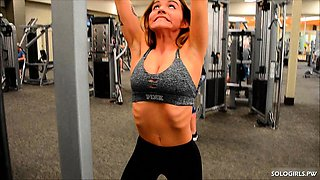 Tits flashing solo Charlotte working out at the gym