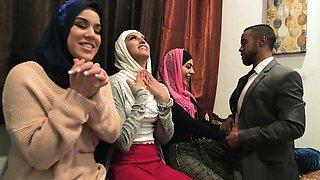 Muslim teen bride and her arab BFFs fuck a BBC stripper