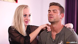 Kayla Green wants to seduce a hunk for a nasty plowing game