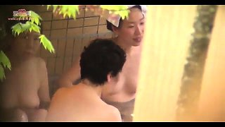 Horny voyeur captures naked Japanese ladies in the shower