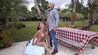 rachel starr is siiting on the sunbed and sucking jmac's cock