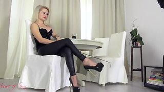Foot worship mistress 2