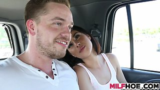Brunette babe fucks a well hung dude in the car