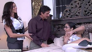 Mature man Tommy Gunn fucks his wife and a young bespectacled daughter