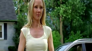 Anne Heche - Hung