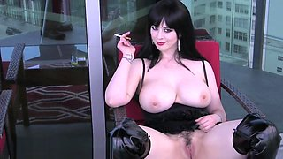 Larkin Love_Public-Masturbation-And-Smoking