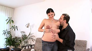 Brunette pregnant hardcore and facial