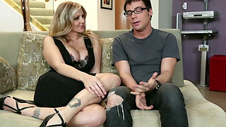 Friends hot mom Julia Ann