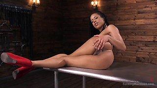 Athletic Ebony Sex-Kitten Kira Noir Gets an Anal Machine