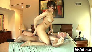 Sadie Holmes likes her boss cock