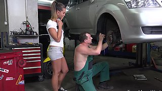 Making sex in auto service
