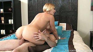 Full of passion blondie Kagney Linn Karter jumps on Brick Danger's dick