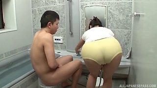 Milfs in bathrooms porn clip