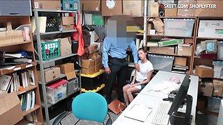 Law enforcer enjoying teen thiefs pussy in LP office